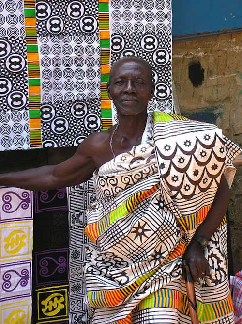 Click on this picture to see an enlargement of the Cloth and designs.
